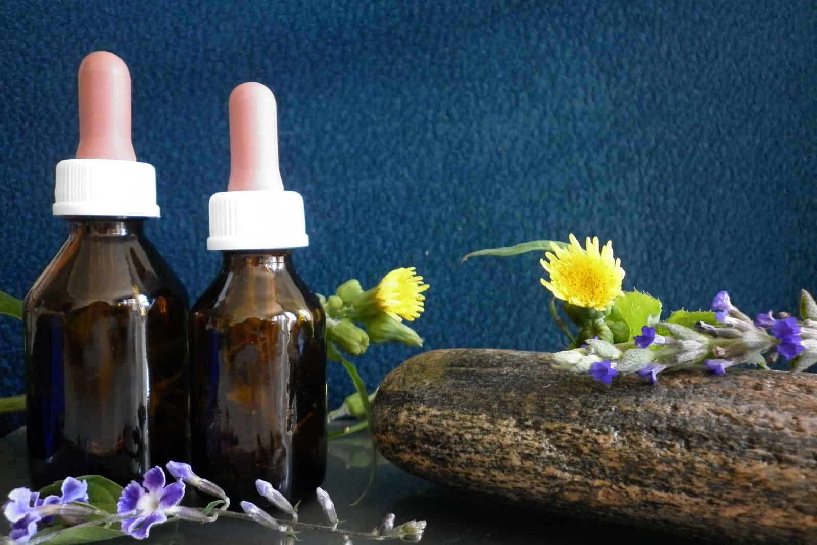 Blumen von Bachflaschen Medizin